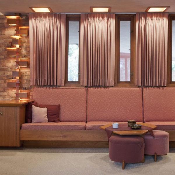 Attractfull Designing Of Sitting Room