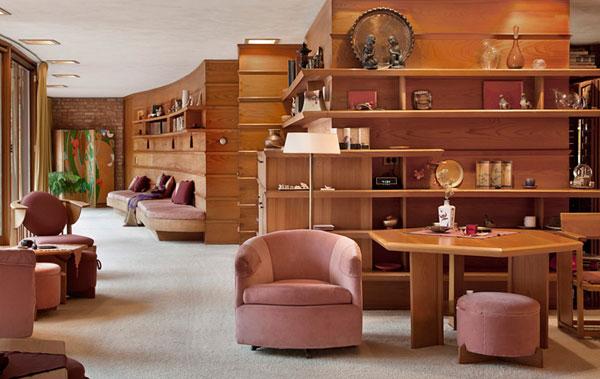 Beautiful Interior Designing Of Guest Room