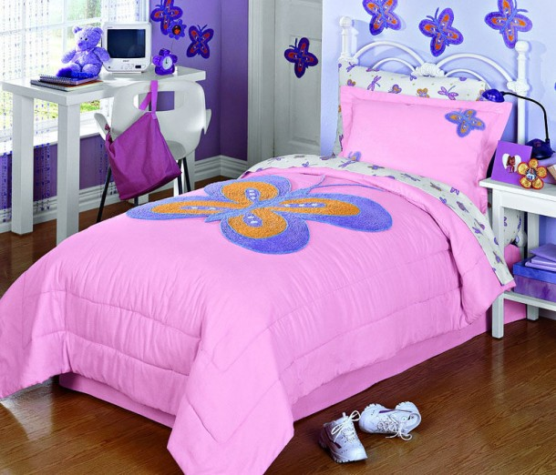 Wonderful Butterfly Art for Bedroom Design