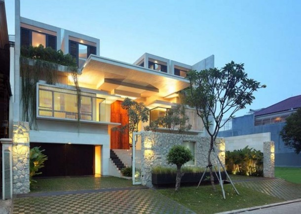 Attractive Home Design by TWS & Partners in Jakarta
