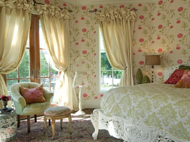 Soft Color Palette Bedroom Design For Teen Ages