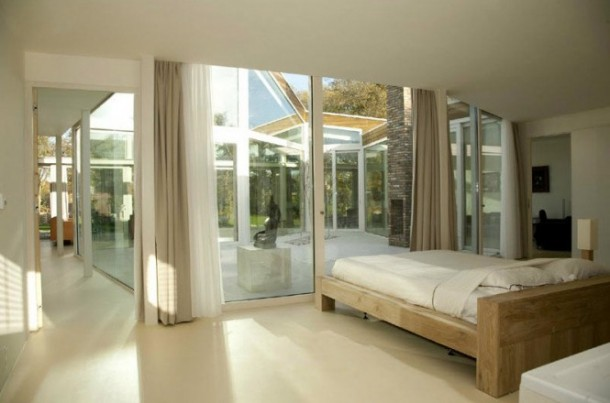 Awesome Transparent villa bedroom