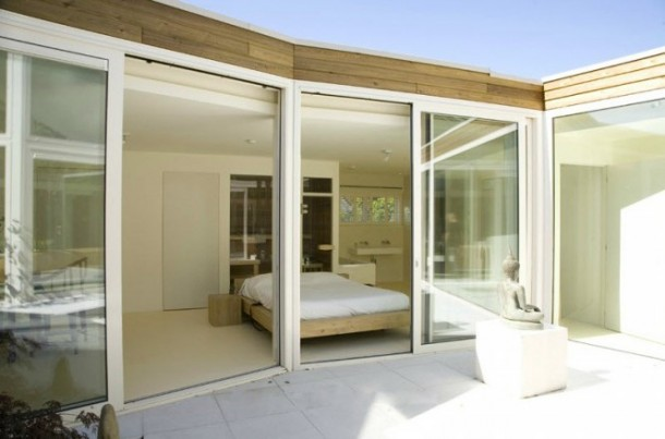 Awesome Transparent villa bedroom glass wall