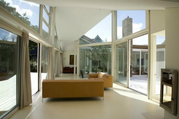 Awesome Transparent villa with glass wall living room