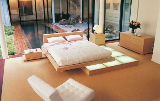 Stylish Bedrooms by Roche Bobois Beech wood platform bed