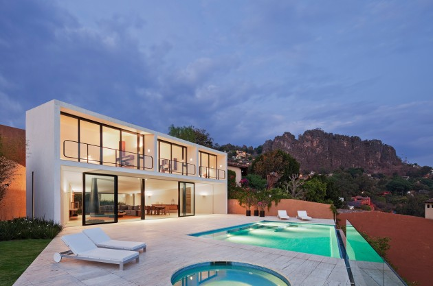 Naturally Design Casa Cardenas House by Parque Humano