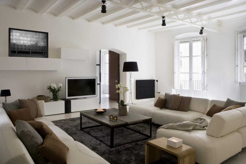 Gothic Quarter Apartment Interior by YLAB Architects