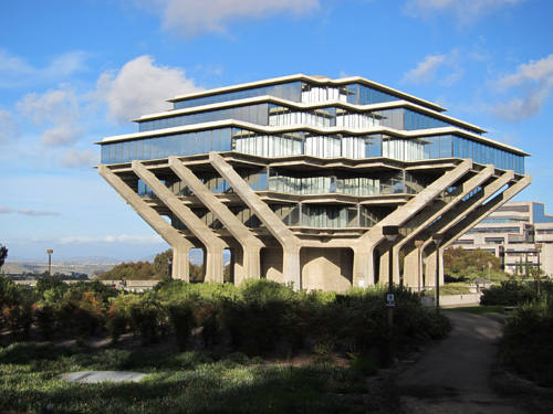 UCSD's distinctive Geisel Library,