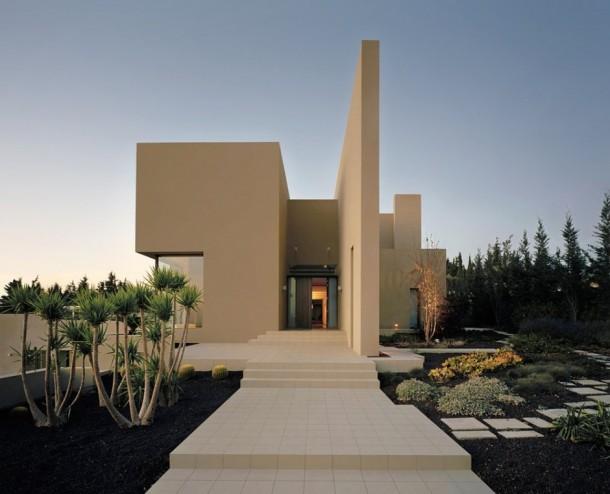 Symbiosis Designs designed the Abu Samra House