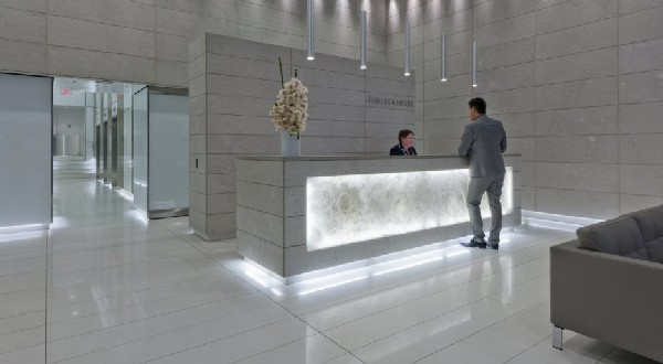 customer srvice at Jameson House by Foster and Partners