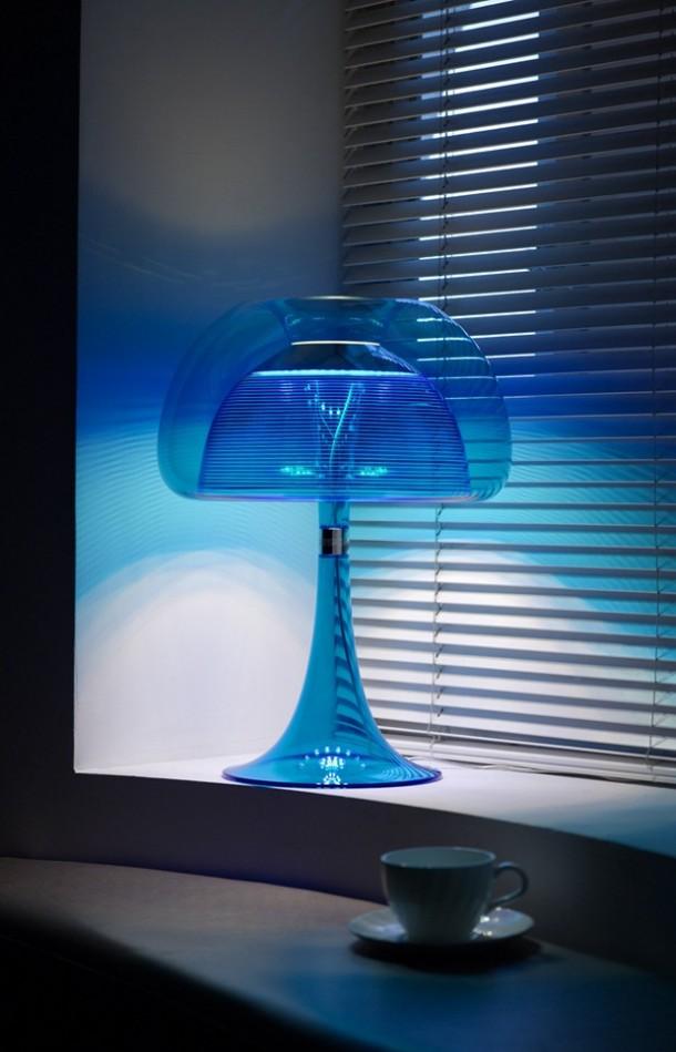Qisdesig Blue color table lamp aurelia in Room