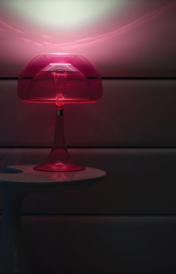 Qisdesig Pink color aurelia table lamp illuminating the Room with beautiful light