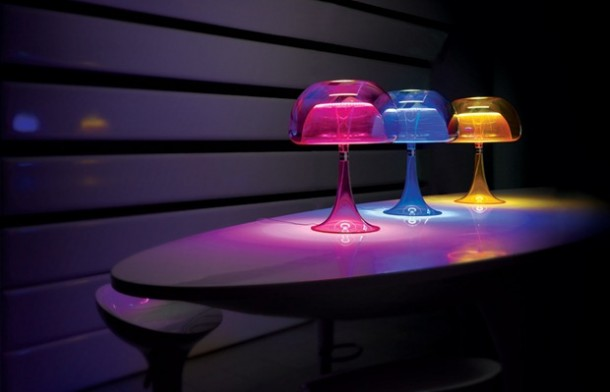 Transparent Jellyfish like table lamps aurelia by qisdesign
