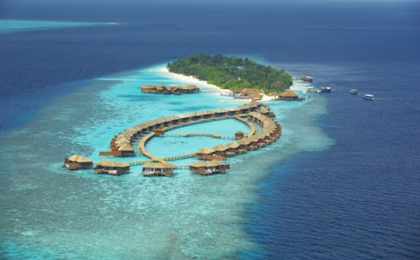 maldives resort birdseye