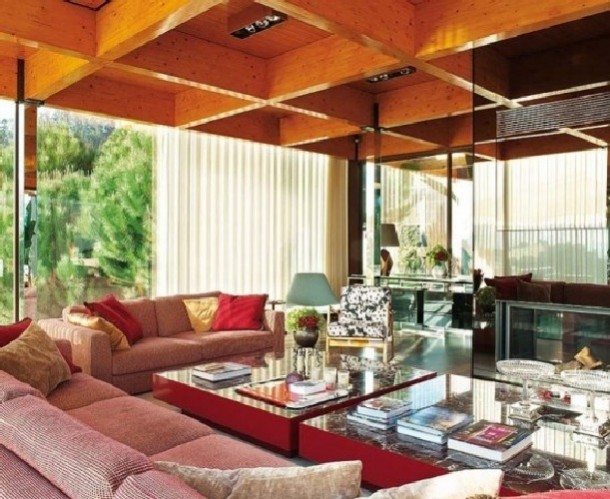 modern home interior design minimalist style in Portugal