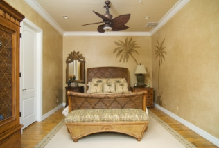 Bedroom Ideas for Relaxing Tropical Home Design
