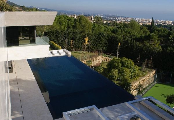 Amazing View at Modern Familiar House in Marbella by A-cero