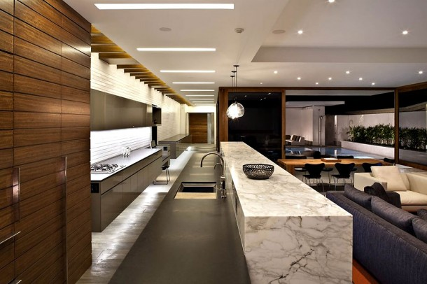 Harborview Hills in California Kitchen Design and Dinning Room
