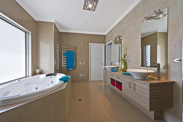 Luxury Bathroom at Modern Waterfront Home Design