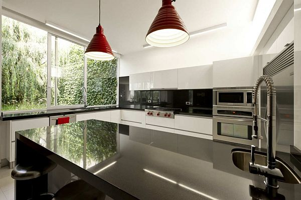 Modern House in Mexico by twentyfourseven Architects kitchen