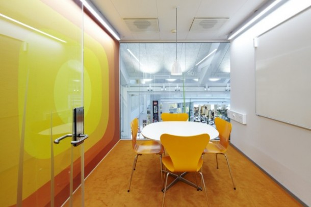 Yellow meeting booth
