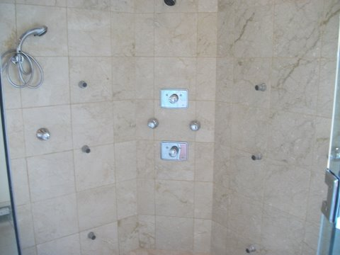 Square shape bathroom tiles