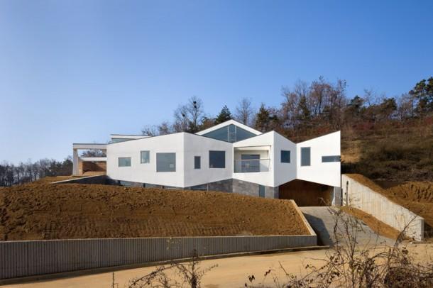 Beautiful Panorama House By Moon Hoon