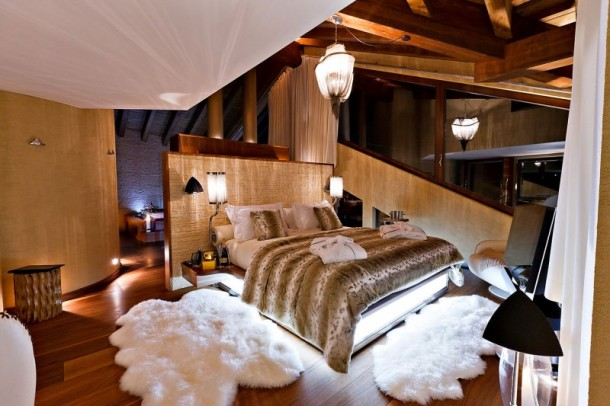 Comfort Bedroom Furniture at Luxury 6 Star Catered Chalet