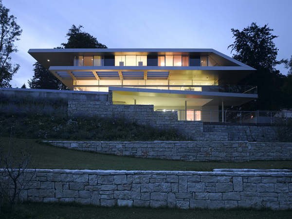 Ultra Modern Home from Linz