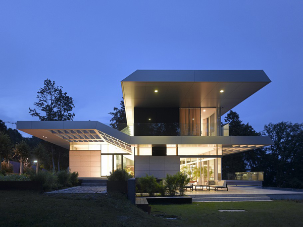 Luxury Villa in Linz Austria by Najjar Architects