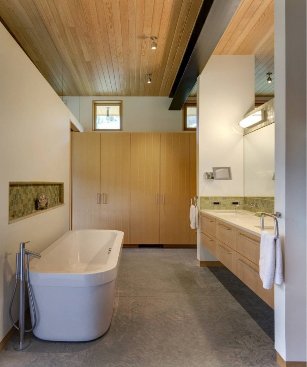 Modern bathroom design at River Bank House by Balance Associates Architects