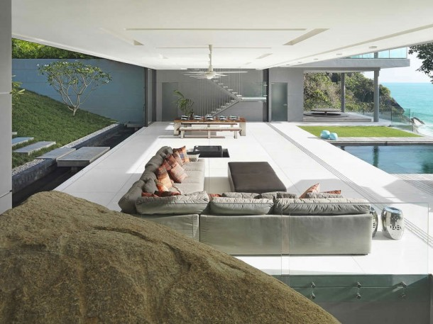 Modern interior desing at Villa Amanzi