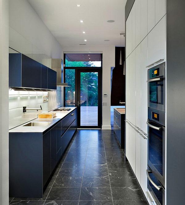 Modern kitchen design at Riverhouse Niagara Canada