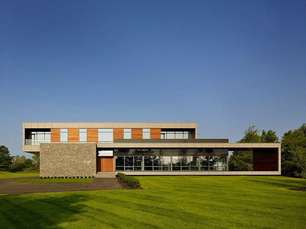 Riverhouse Niagara by Zerafa Architecture Studio