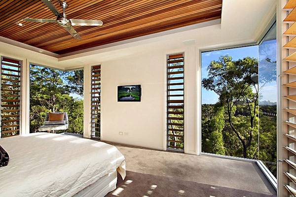 bedroom in Treetops house