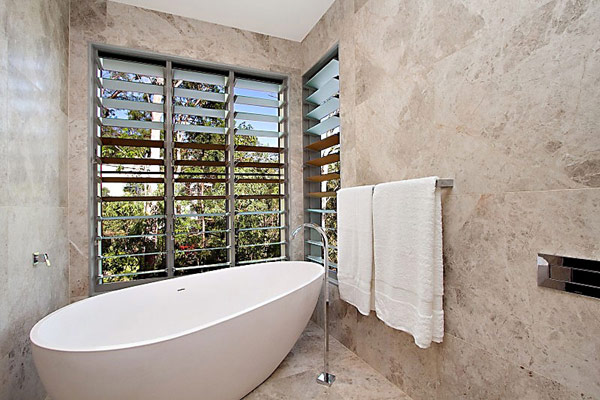 bathroom in Treetops house