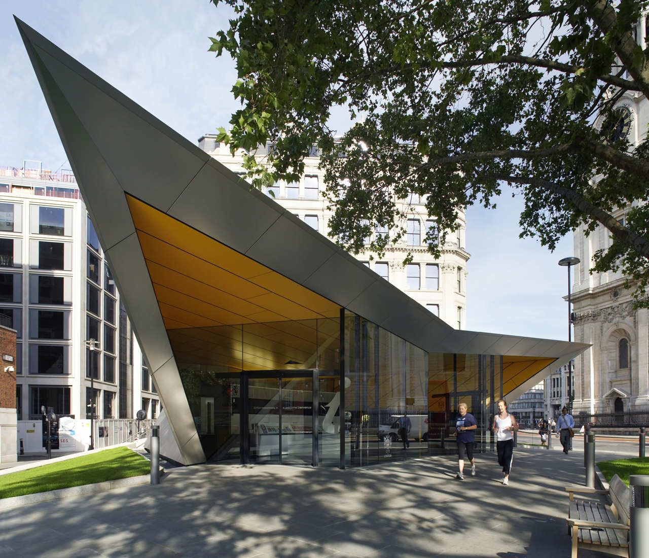 Information Centre by Make Architects for City of London