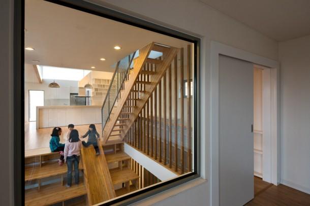 multi-functional interior Panorama House