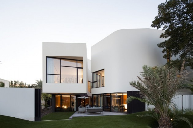 Mop House in Kuwait by AGI Architects