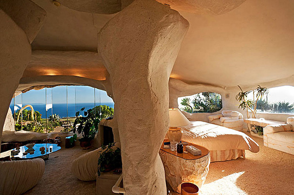 Stunning view at flintstones house in Malibu