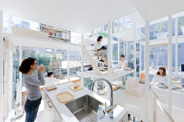 Amazing Glass House Tokyo
