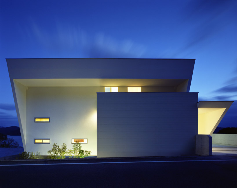 Contemporary I-House by Masahiko Sato