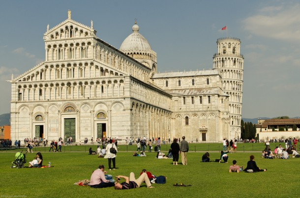 Pisa Tower – italy by Sachintha Abeyarathne