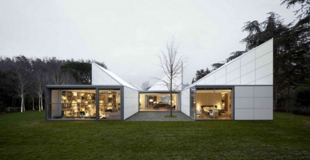 Back View of AA House by OAB