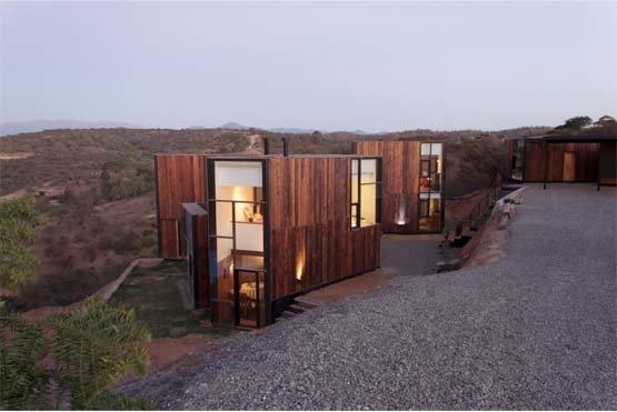 CGM House by Ricardo