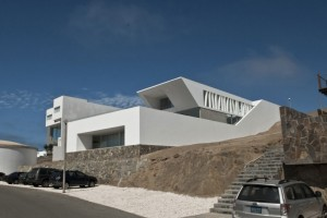 House Playa El Golf H4 by RRMR Arquitectos