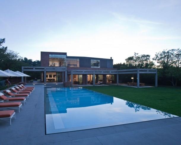 Stoneridge Residence