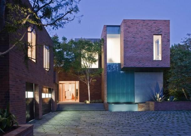 Stoneridge Residence by Assembledge